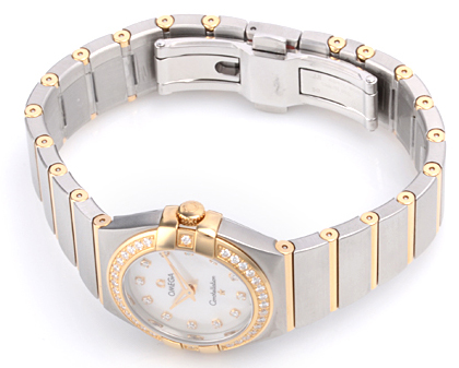 /watches_23/Omega-Watches/Swiss-Omega-Constellation-Mini-Diamonds-Watch-123-6.jpg
